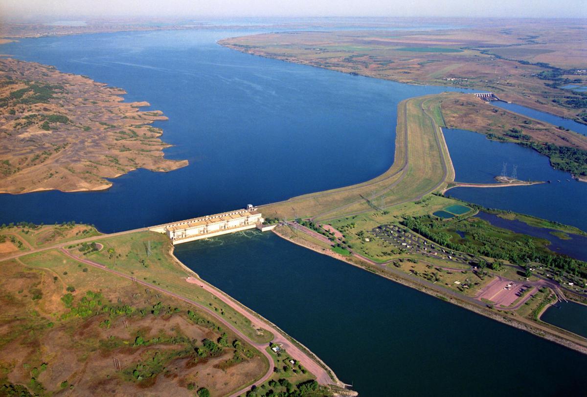 Big Bend Dam (copy)