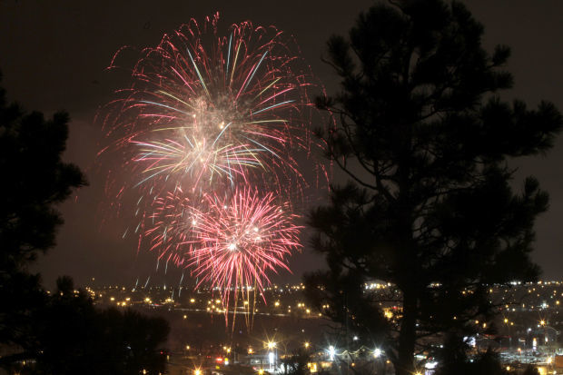 031916-nws-fireworks