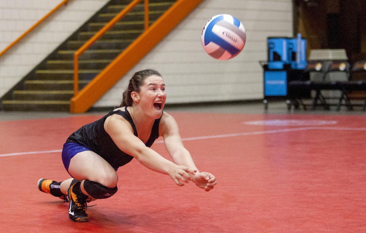 111617-spt-volleyball 002.JPG