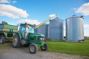 As trade talks continue, farmers prepare for volatile year