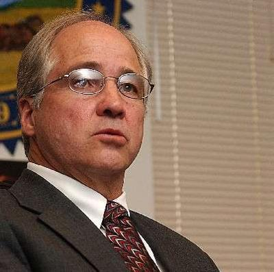 Dave Snyder to resign from science authority