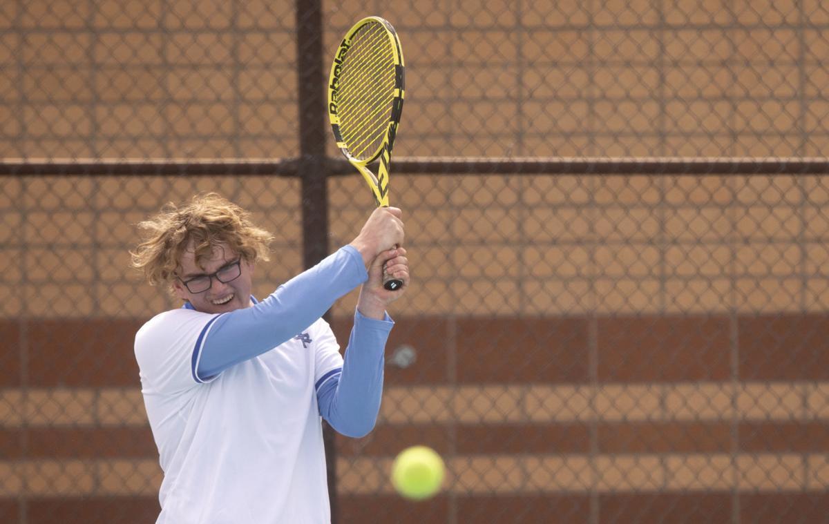 032621-tennis-05.jpg