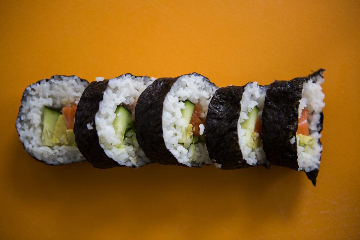 051116-foo-sushi004.JPG (copy)