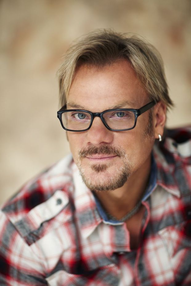 Used Cars Dealers >> Phil Vassar to spend 'Just Another Day in Paradise'