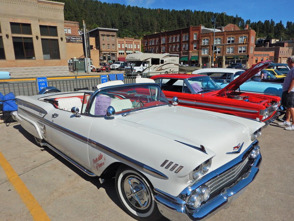 Hail slams classic cars in Deadwood, but older steel cars hold up ...