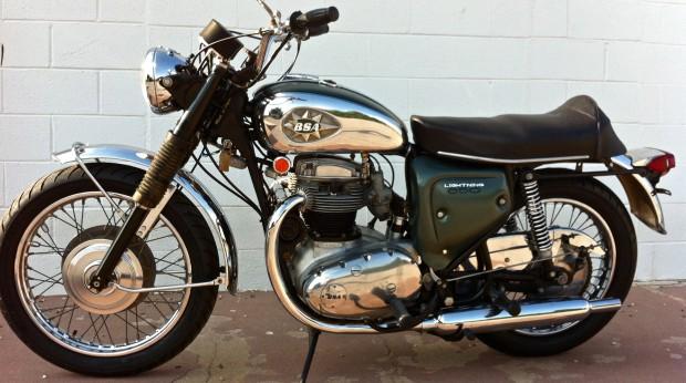 Jay Allen Donates Vintage 1967 Bsa Lightning To Military