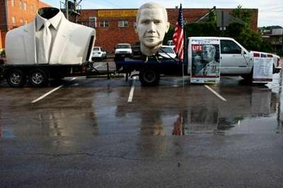 Obama statue turns heads in Rapid City