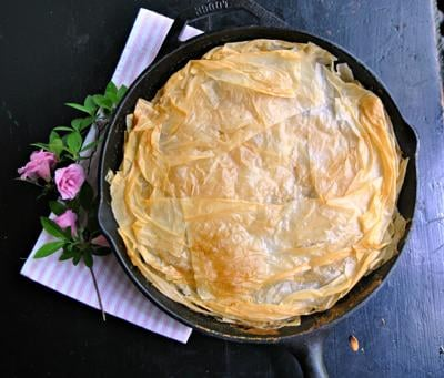 FOOD-HDY-MOTHERSDAY-SKILLET-SPINACHPIE-1-PG