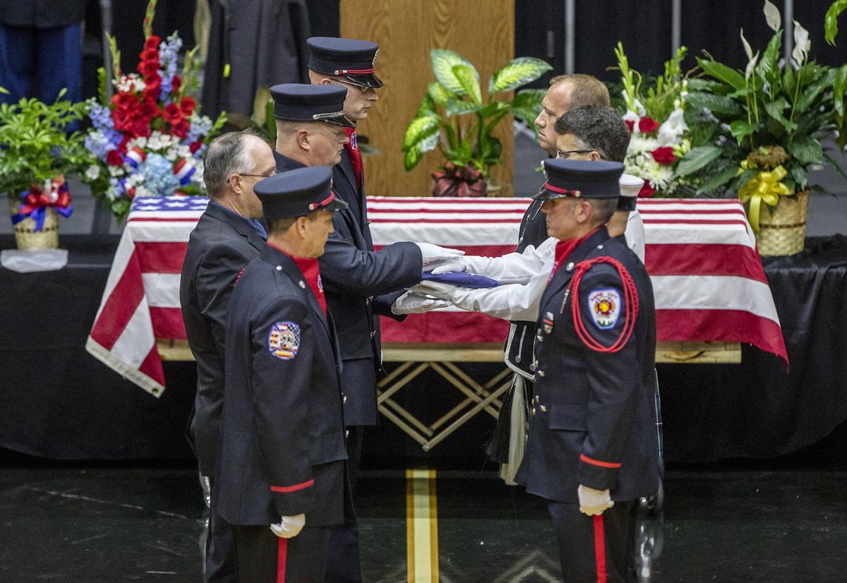 091618-nws-funeral001.jpg