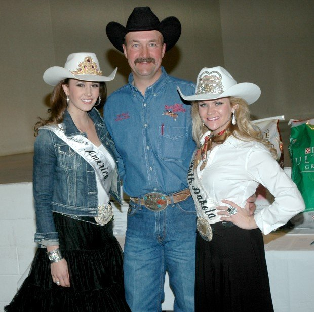 Miss Rodeo Dinner Dance Held In Belle Fourche News
