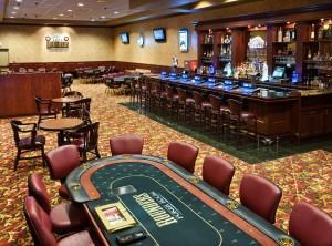 Bar & Poker Area