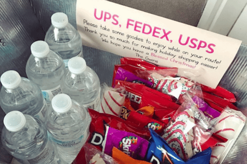 A Simple Way To Thank The People Who Deliver All Your Holiday Packages