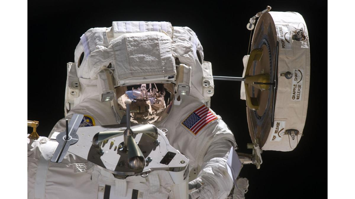 This is what it's like to walk in space