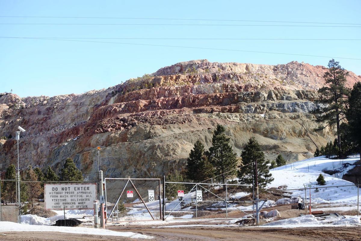 Gilt Edge Mine parking lot