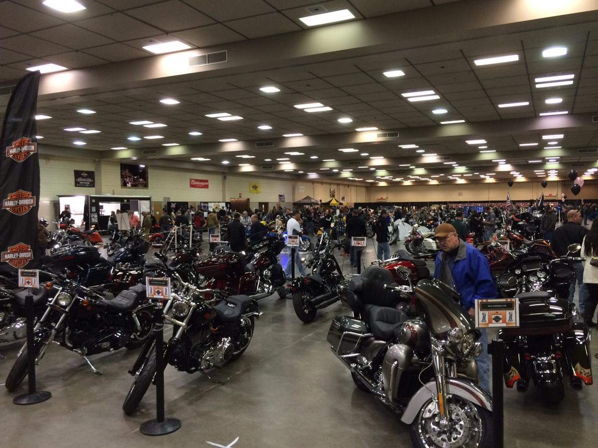 Motorcycle Show1