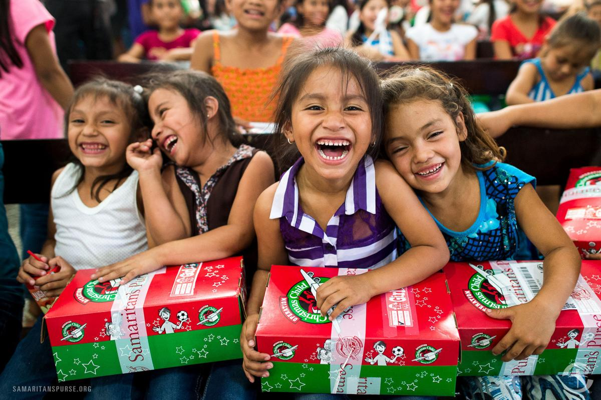 Operation Christmas Child helps less fortunate around ...