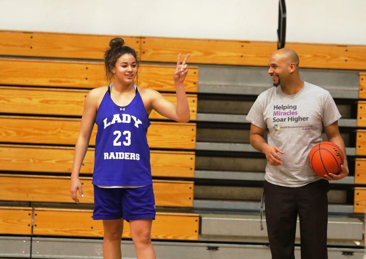 basketball Watson and Brooks