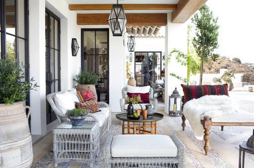 ASK A DESIGNER: Finding a look you love in outdoor decor