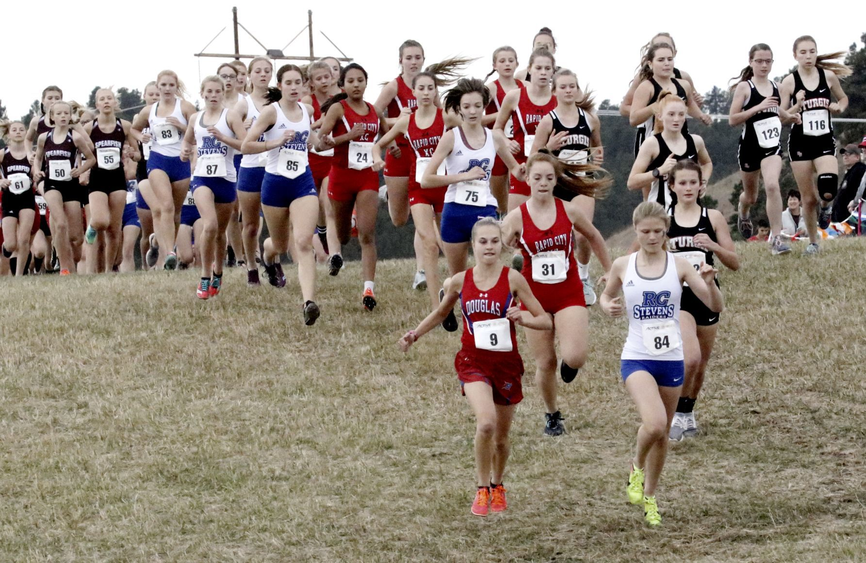 Custer girls running for another title