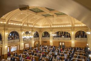 Ag secretary, lawmakers seek next generation of farmers