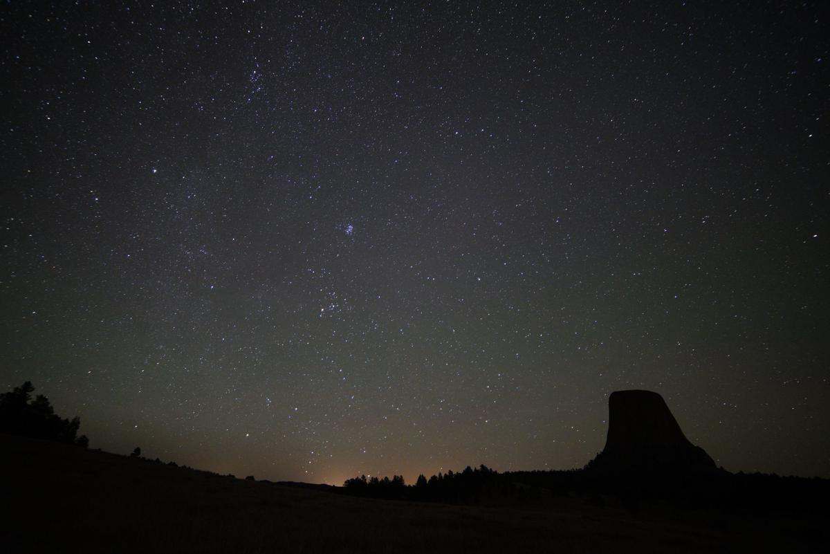 Devils Tower night sky