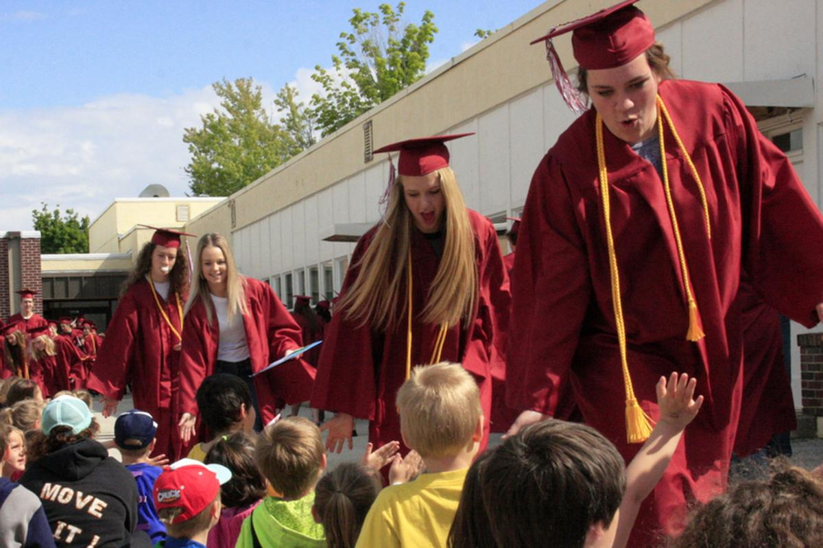 Darby and Hamilton graduates take part in Senior Walks