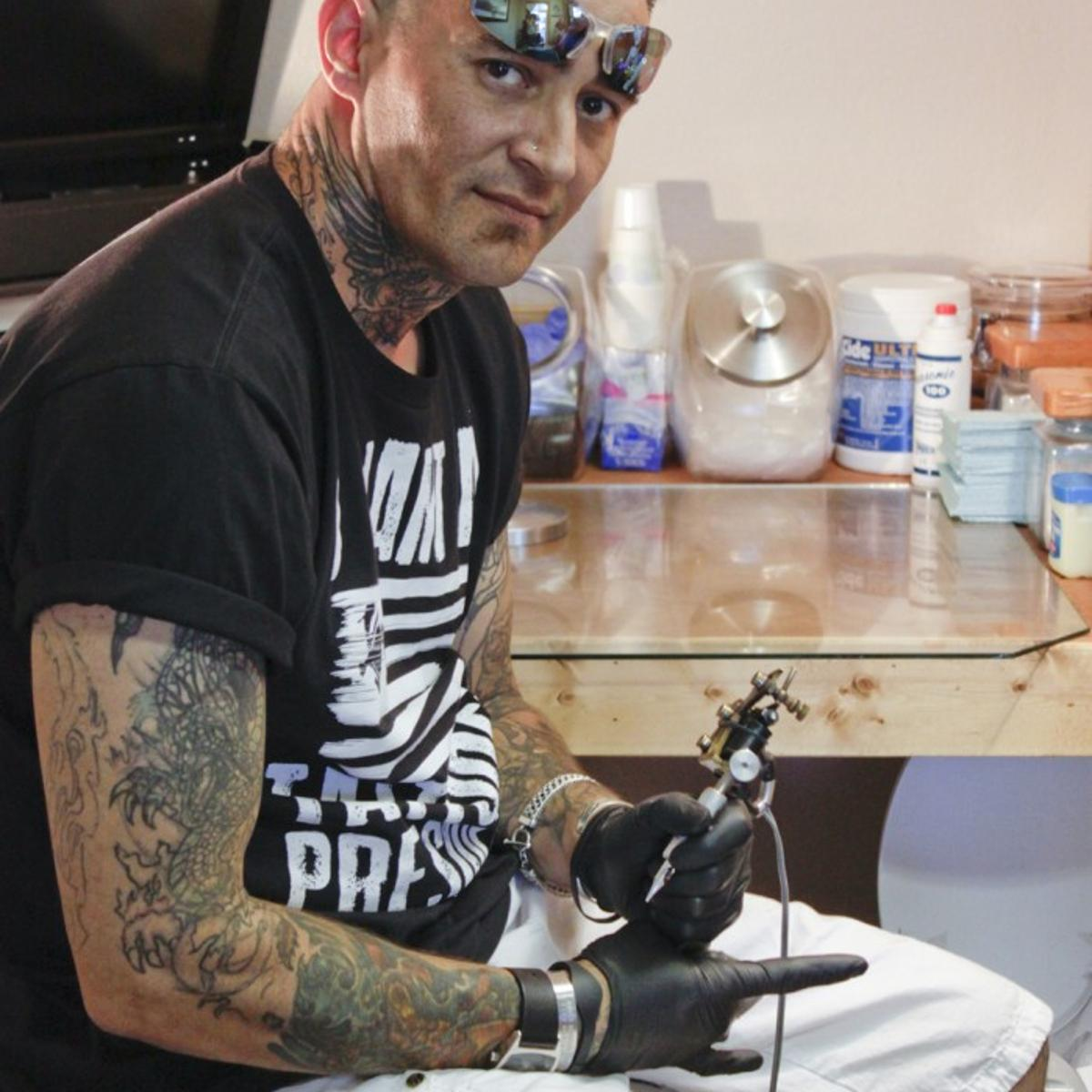 Custom Ink Tattoo Shop Creates One Of A Kind Artwork Local Business Ravallirepublic Com