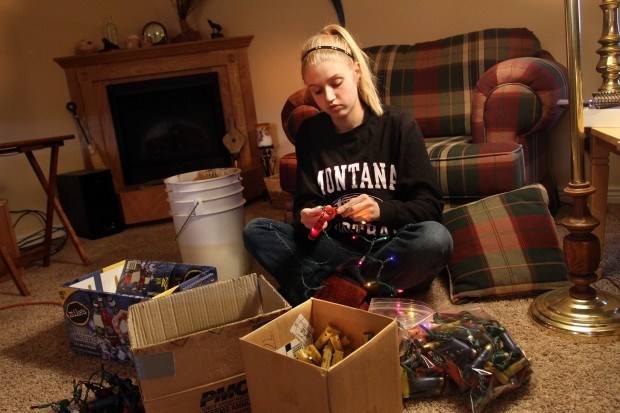 Loaded Decorations Hamilton Teen Selling Redneck Xmas