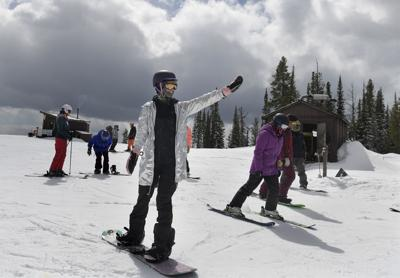 'Power in numbers': Girls on Shred group supports snowboarders, skateboarders