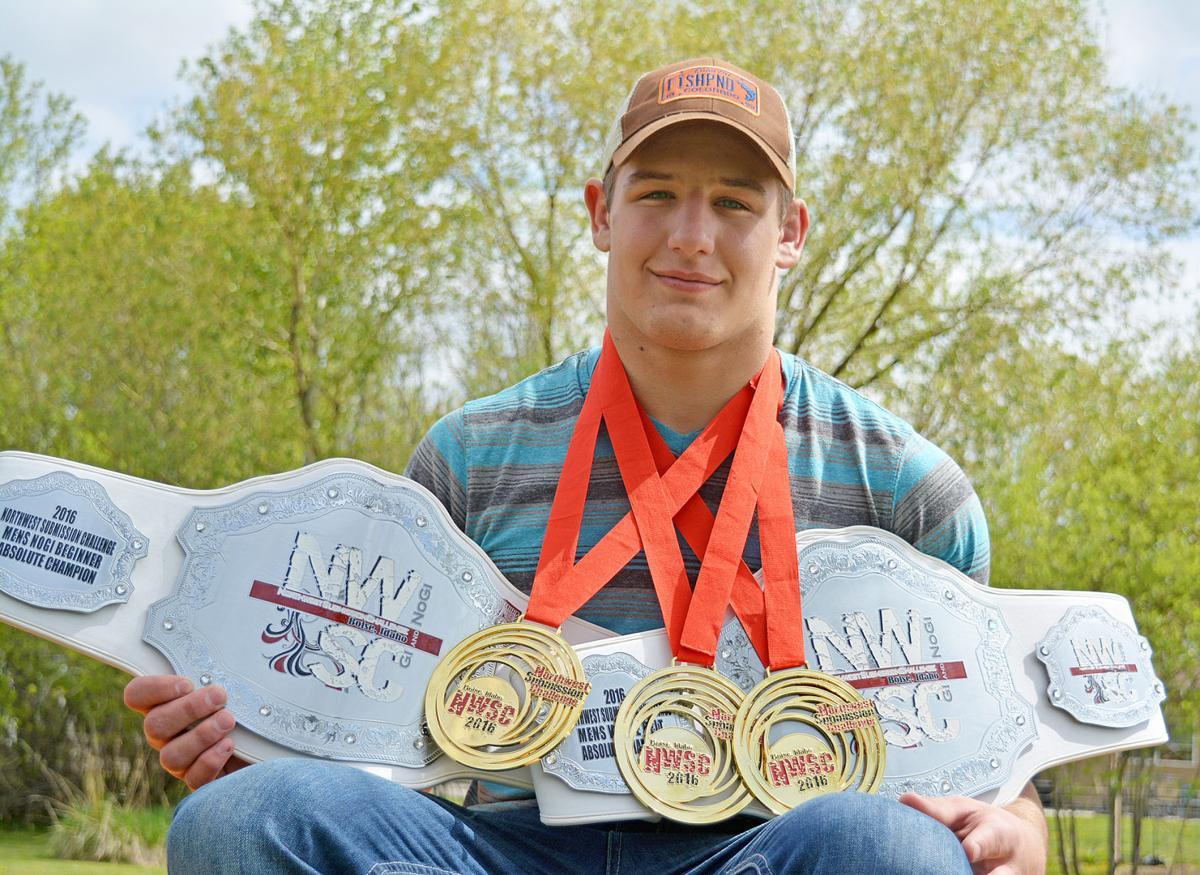 Hamilton teen takes on adults at MMA tourneys