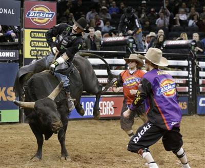 d0def00334951 Mauney tries to bring PBR title back to North Carolina