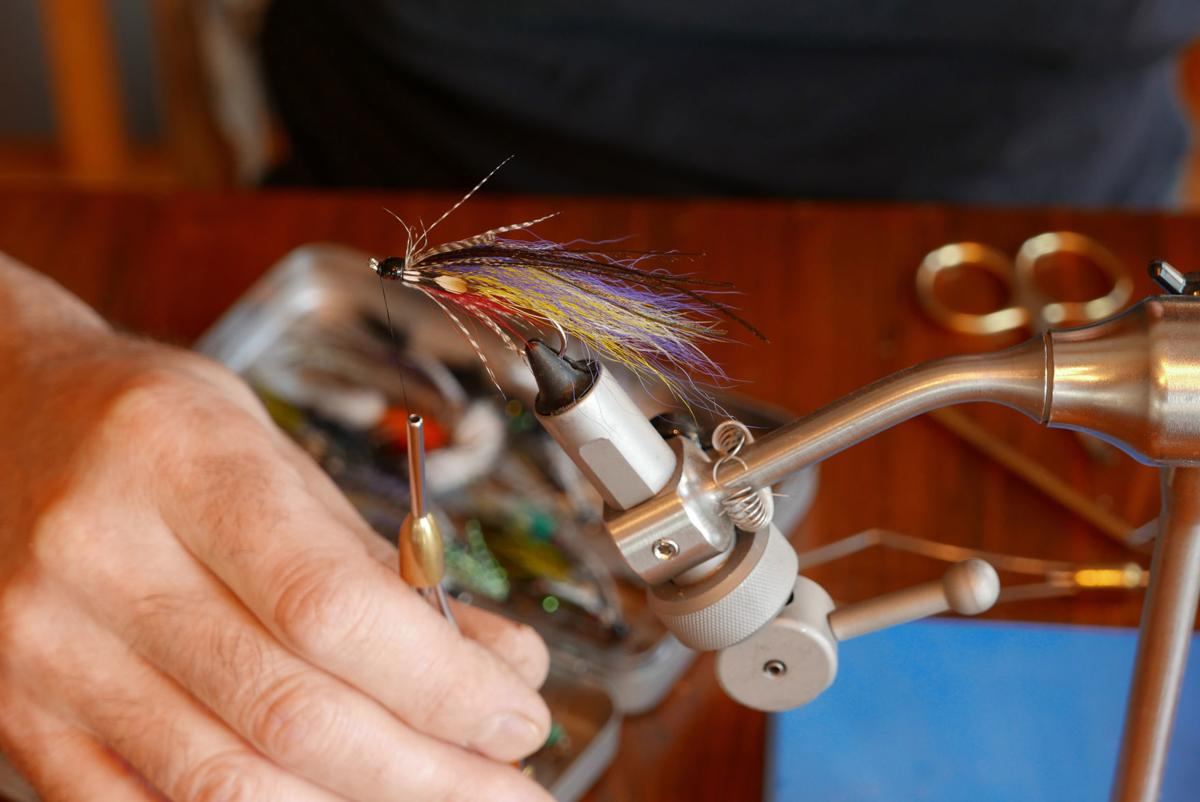 Fly tying a classic Magog smelt salmon fly pattern