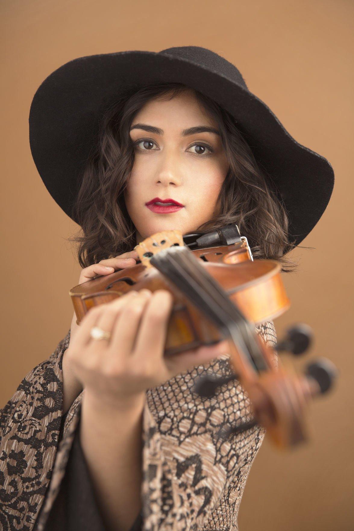 BPAC Phoebe+violin