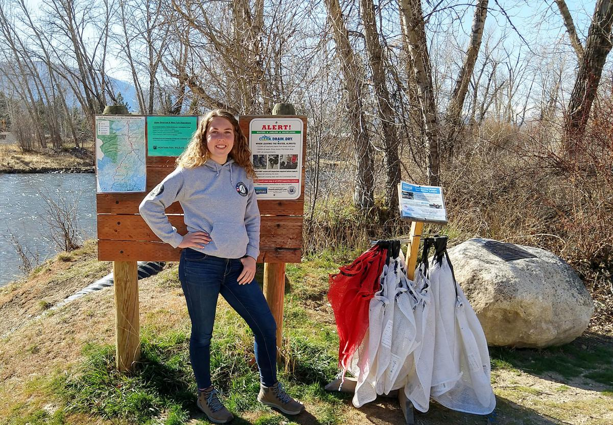 Water forum celebrates Earth Day with litter bag distribution