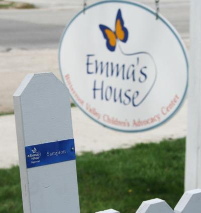 Fence raising: Army National Guard unit contributes to Emma's House project