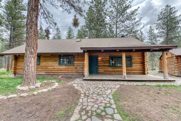 3 Bedroom Home in Hamilton - $420,000