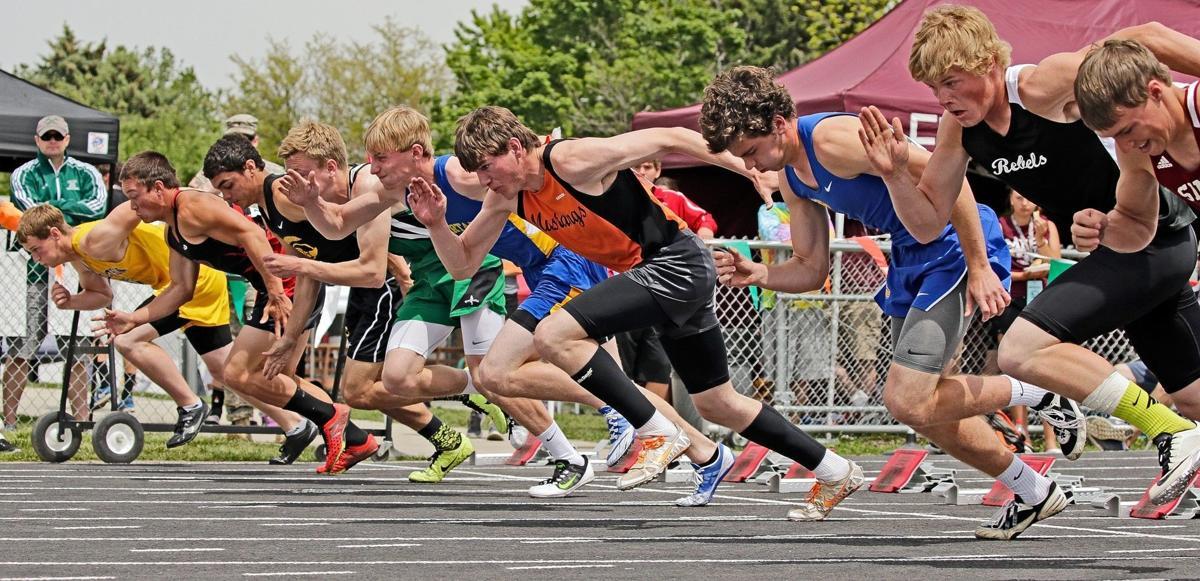 Runners start their heat