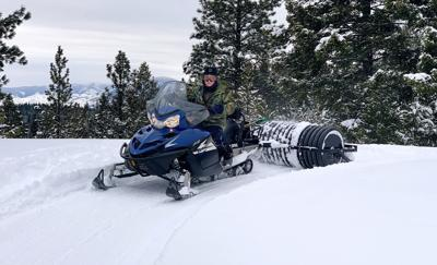 Lake Como trail grooming stopped by shutdown