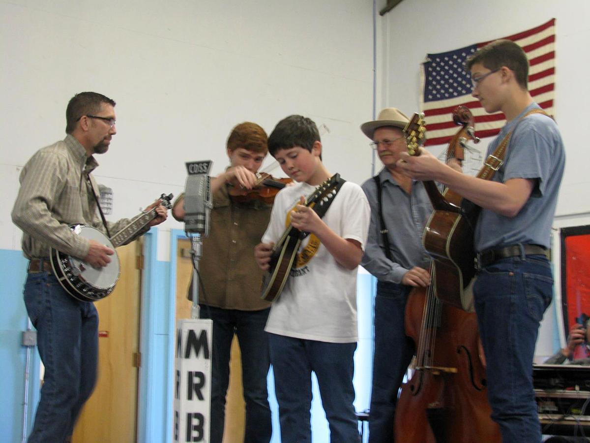 Bluegrass festival returns to Lone Rock School