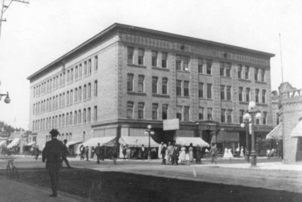 Stapleton building