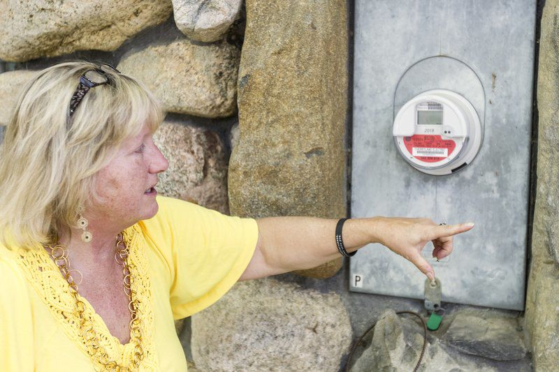Woman faces misdemeanor for swapping electric meter