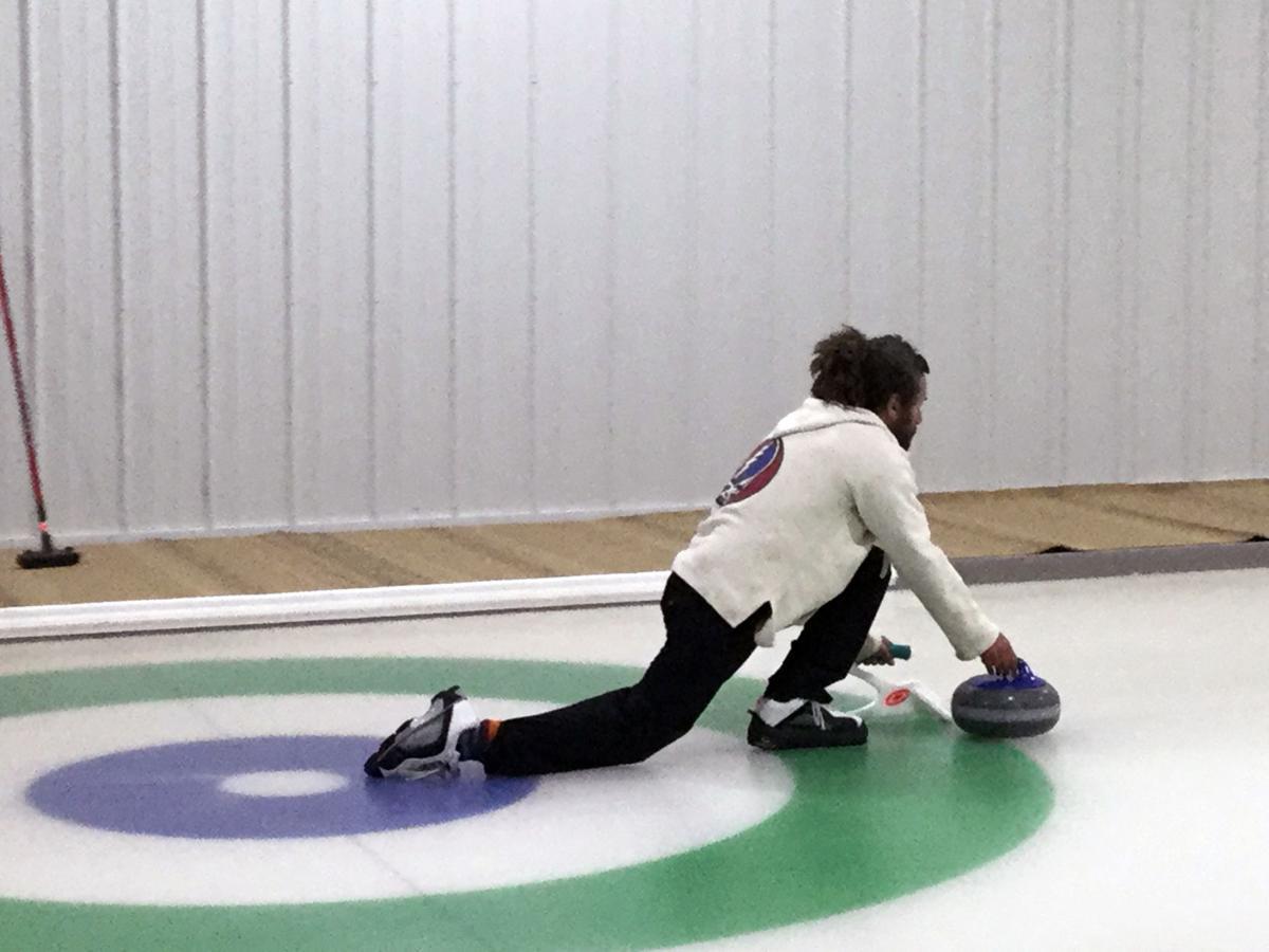 curling2.jpg