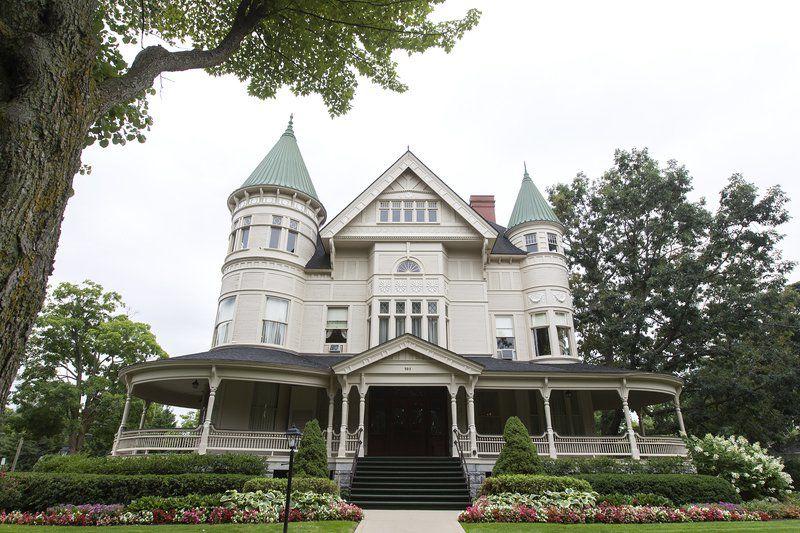 Traverse City landmark celebrates 125th anniversary