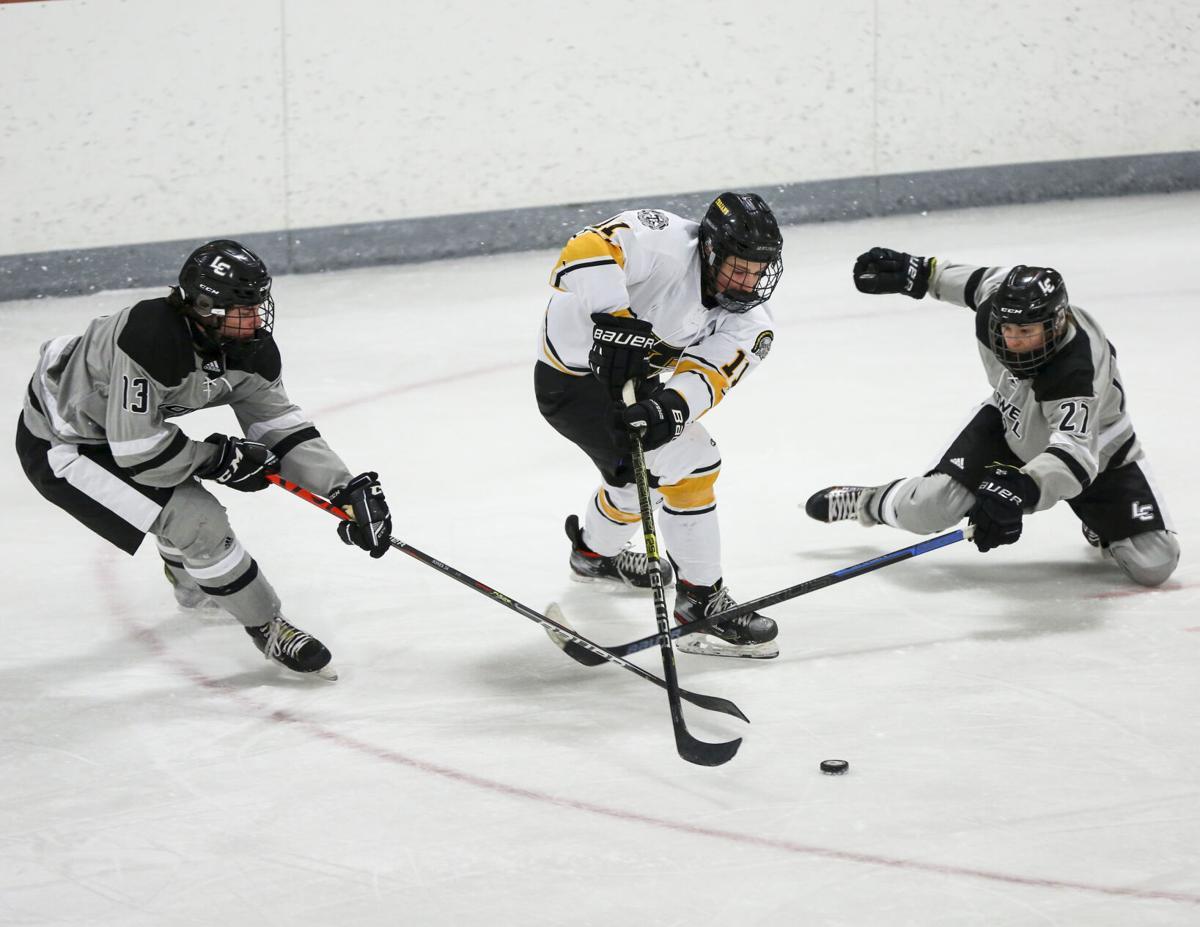 tcr-021421-tcc-hockey