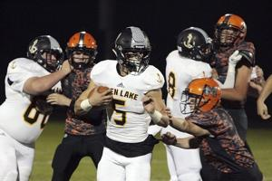 Prep roundup: Nicholas throws for historic night