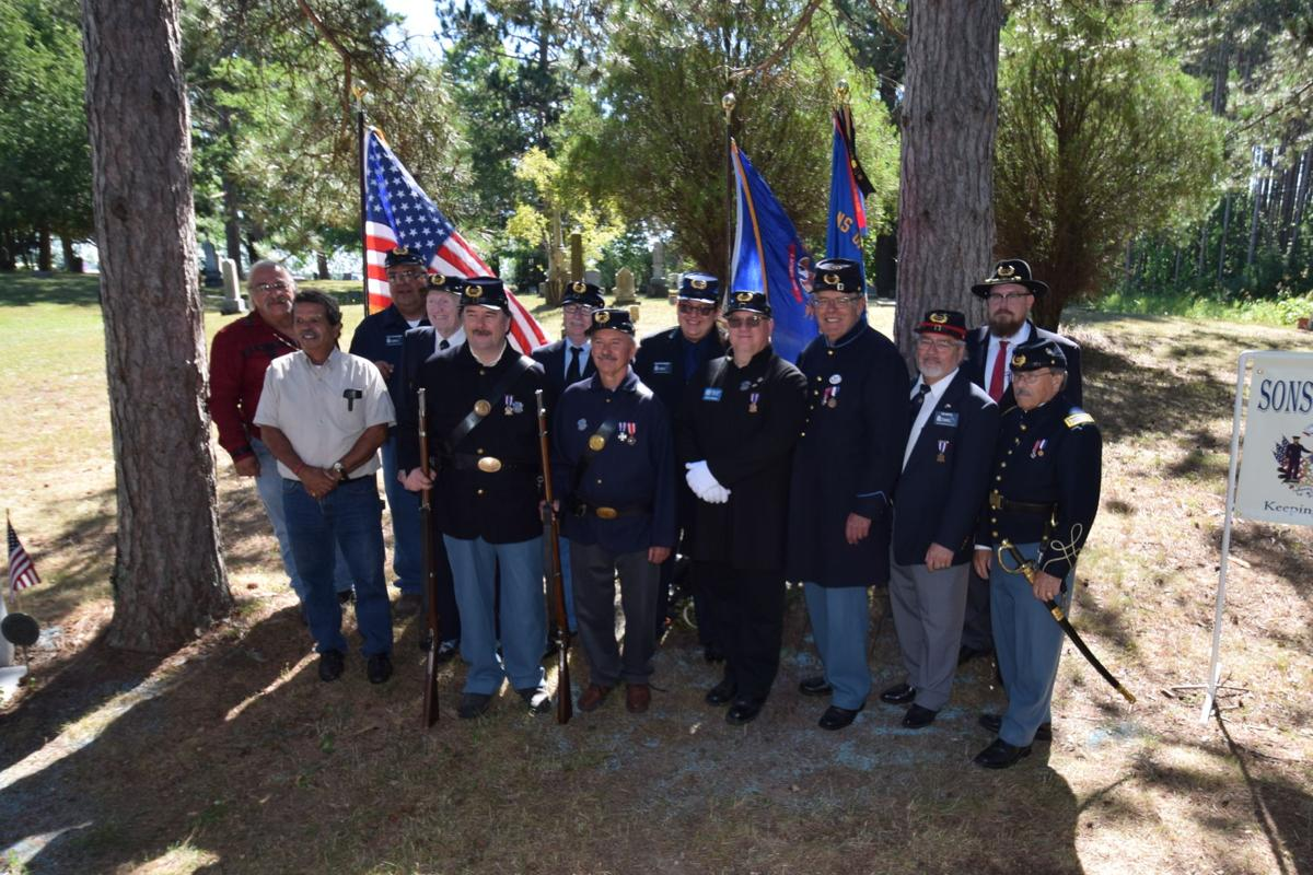 Robert Finch Camp No. 14 grave dedication