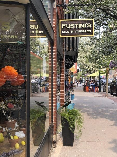 Noodling around: Fustini's, chef offer less intimidating lessons in pasta-making