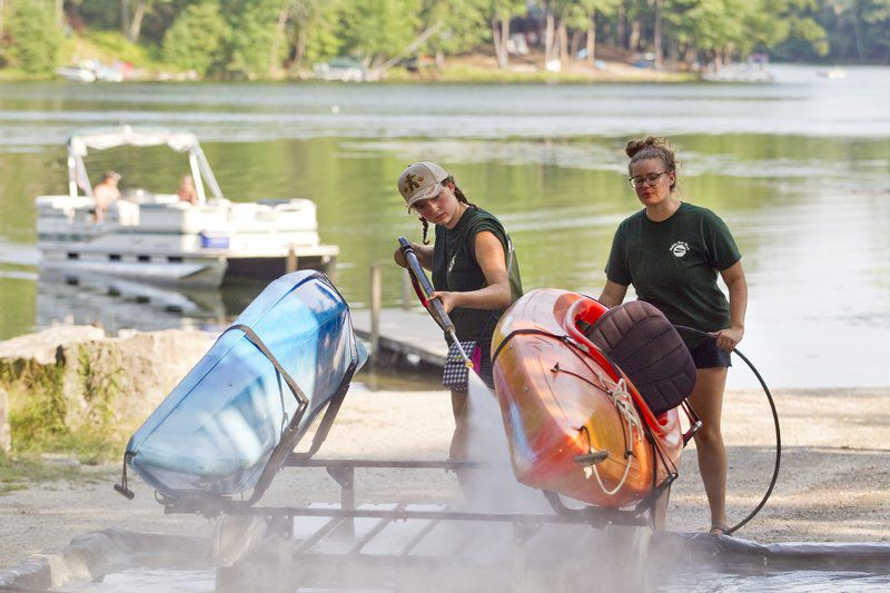 MSU students bring boat wash station to Grand Traverse County