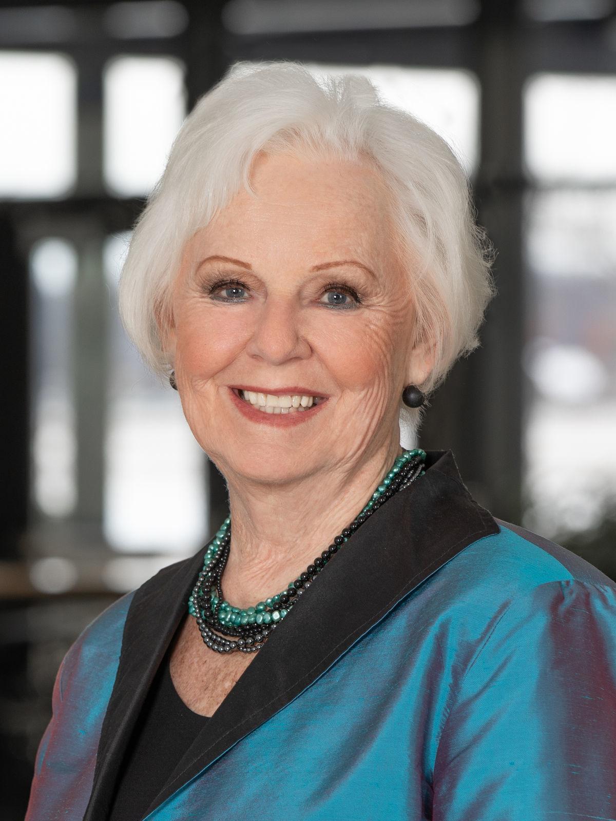 Roberta Teahen