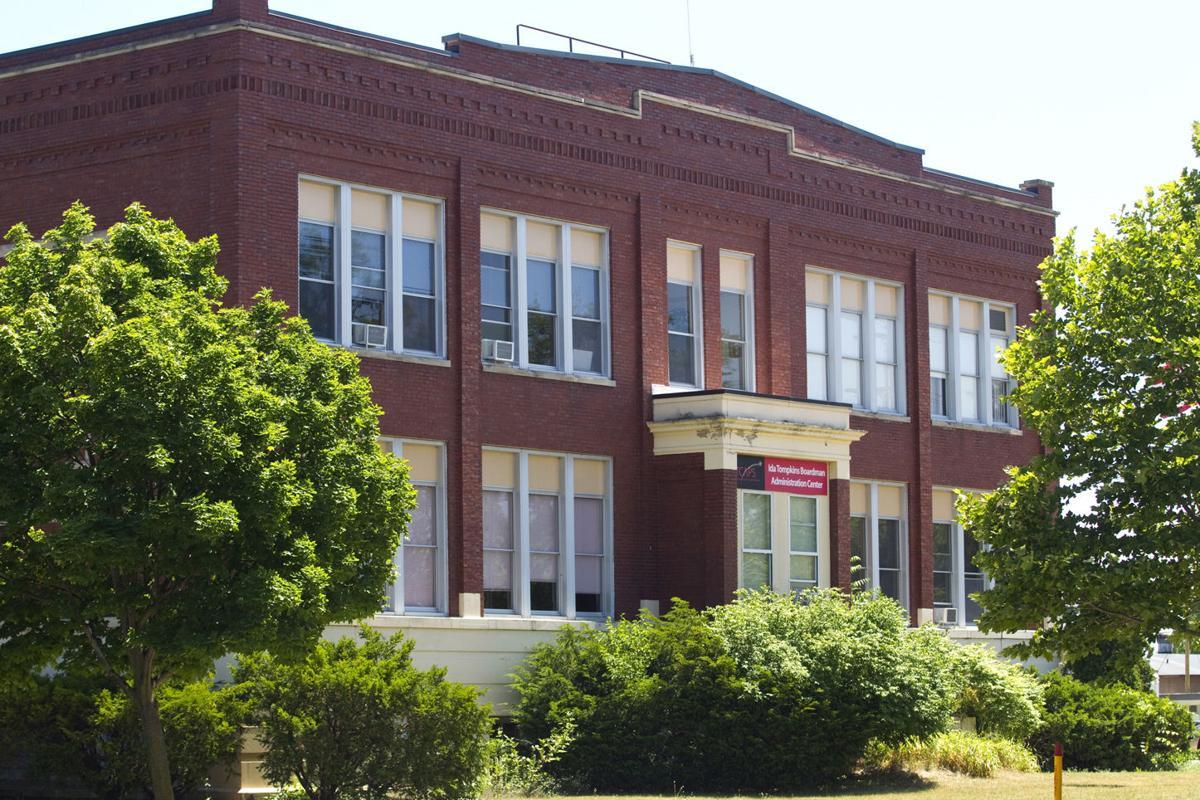 Arrow homes traverse city - Traverse City Area Public Schools Ida Tompkins Boardman Administration Center In Traverse City